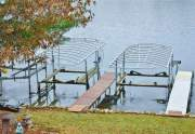One electric boat lift included